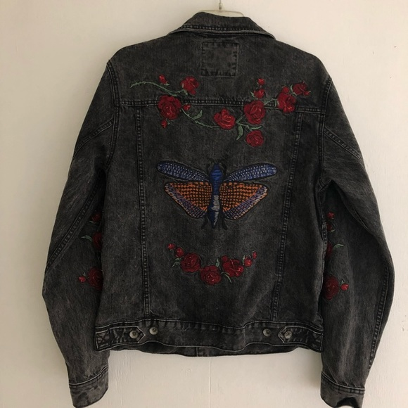 596b50afc Urban Outfitters embroidered oversized jean jacket NWT